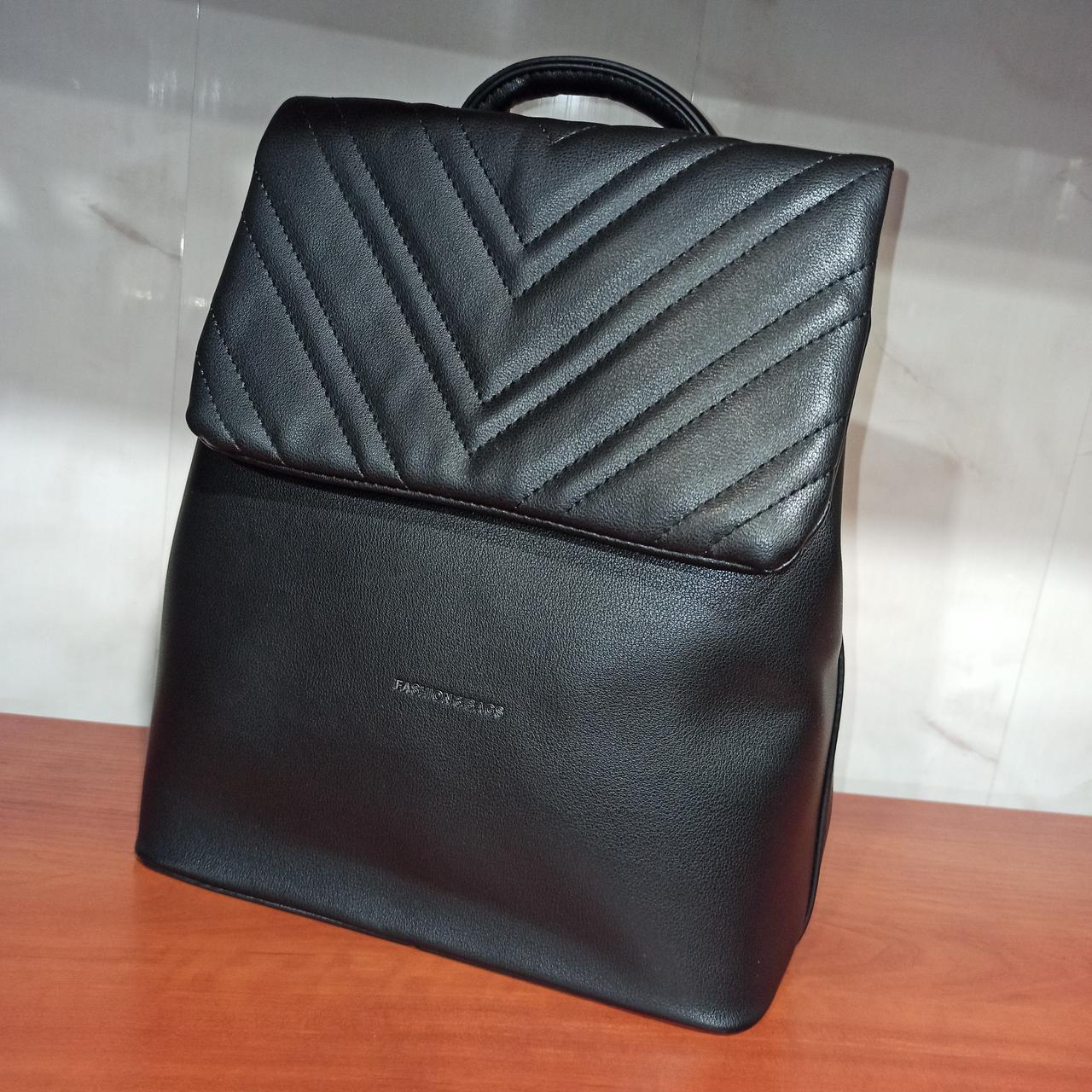 Красивый женский городской кожаный рюкзак. Модель 8818