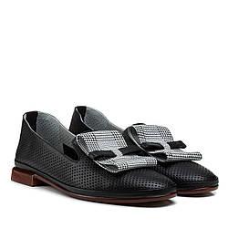 Туфлі жіночі шкіряні чорні на товстому каблуці 39