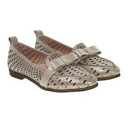 Туфлі жіночі шкіряні бежеві  на низькому каблуку Phany 37