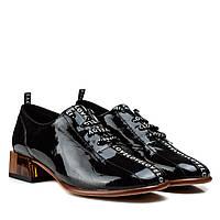 Туфлі жіночі шкіряні лакові чорні на товстому каблуку 37