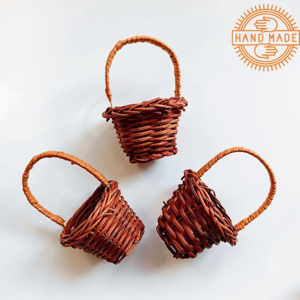 Кукольная плетеная корзинка