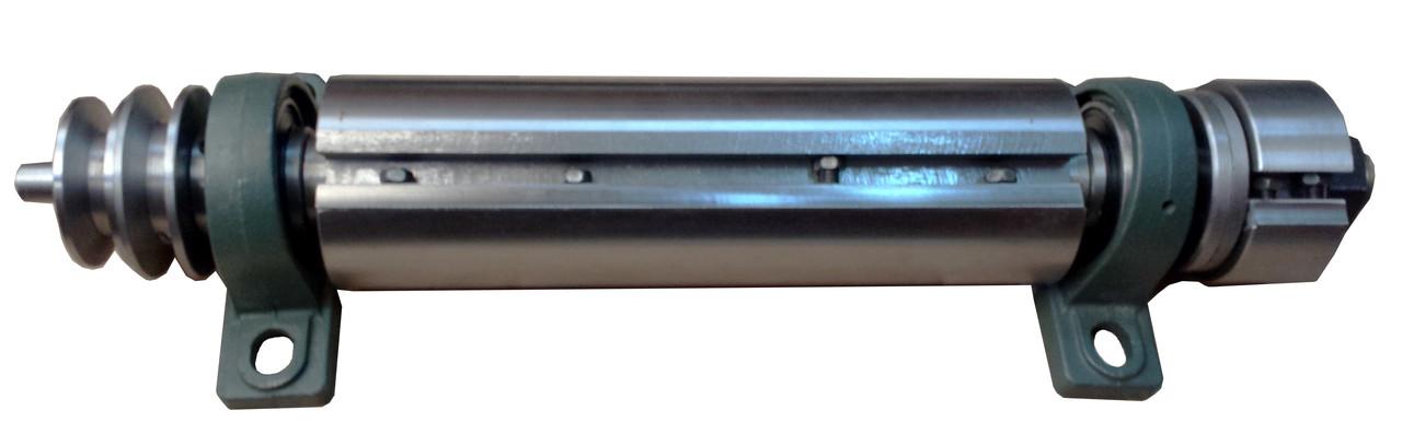 Строгальный вал (фуговальный вал) L-300 (левая сторона)