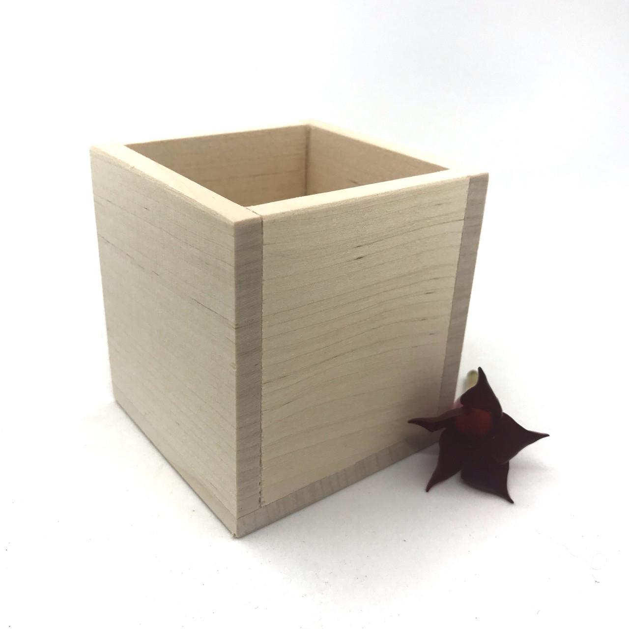 Візитниця дерев'яна 7.5*7*7см