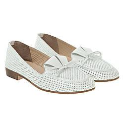 Балетки жіночі шкіряні білі на низькому каблуку 36