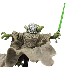 Мастер Йода с мечом со Звёздных Войн. Рыцарь Джедай боевая версия, фигурка ПВХ 15 см. Star Wars Master Yoda., фото 3