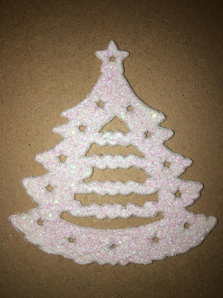 Новогодняя игрушка елка (снежинка 9см)