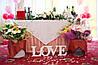 Буквы LOVE для свадебного декора