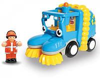 Baby WOW TOYS Тайлер машина для уборки улиц