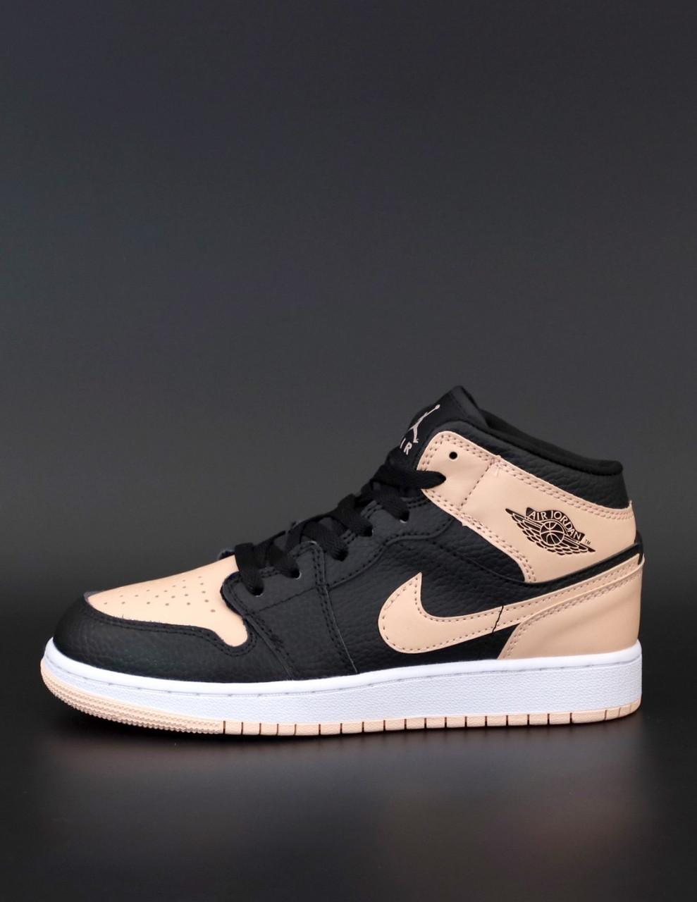 Женские кроссовки Nike Air Jordan 1 Retro High Найк Джордан