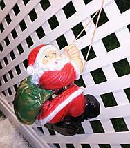 Новогодняя садовая фигура Дед Мороз на веревке, фото 3