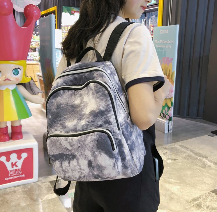 Стильные красочные рюкзаки с мягкой спинкой