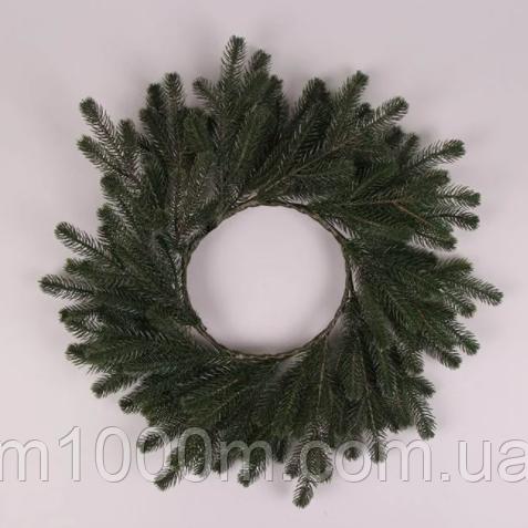 Венок из литой хвои зеленый 45 см. 5684