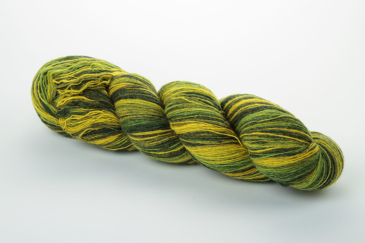 Пряжа Aade Long Kauni, Artistic yarn 8/1 Green Yellow (Зелено-желтый), 236 г