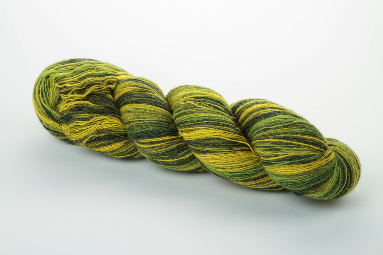 Пряжа Aade Long Kauni, Artistic yarn 8/1 Green Yellow (Зелено-желтый), 142 г