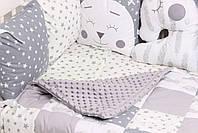 Комплект в кроватку с игрушками и облачками в серо-молочном цвете, фото 3