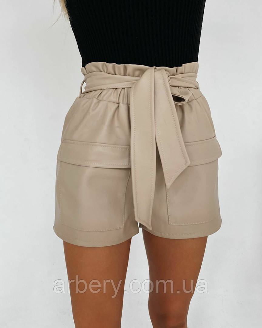 Женские кожаные шорты в стиле Zara