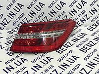 Фонарь задний наружный справа Mercedes C207 A2078200264