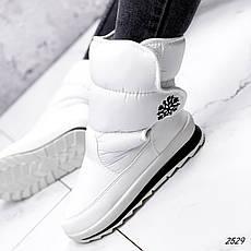 Дутики жіночі зимові, білого кольору з плащової тканини. Чоботи дутики жіночі теплі, фото 2
