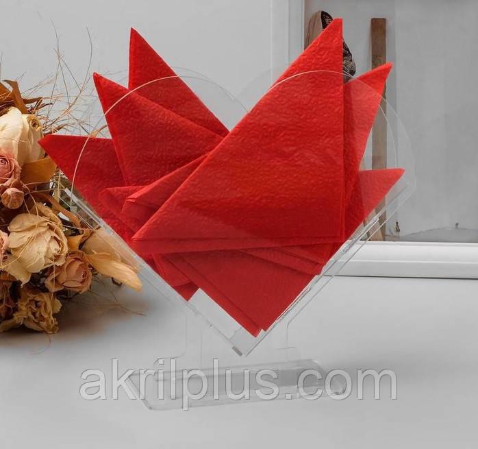 Оригинальная салфетница в форме сердца