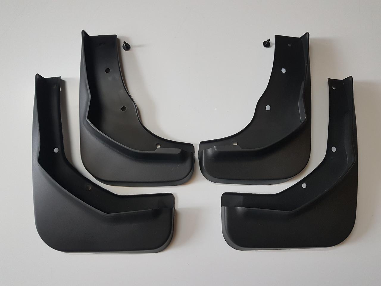 Брызговики Ford Kuga (2013-2020)