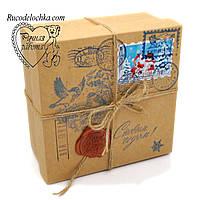 Коробка для подарунка Від Діда Мороза чи Святого Миколая 14*14*7см маленька Квадратна