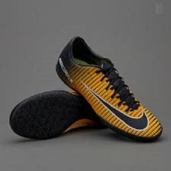 Обувь для зала (футзалки) Nike Mercurial Victory VI IC