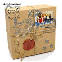 Коробка для подарунка Від Діда Мороза чи Святого Миколая 18*18*6см Квадратна середня низька
