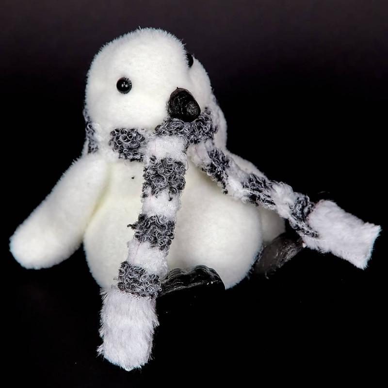 Новорічний декор Пінгвін з шарфиком, 13 см