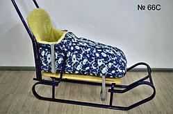 Меховой чехол синего цвета с белой абстракцией