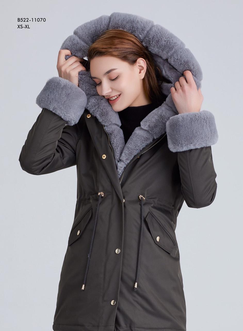 Зимняя женская куртка парка хаки на меху с капюшоном