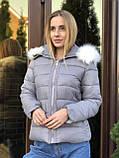 Зимняя женская черная куртка с капюшоном с мехом, фото 4