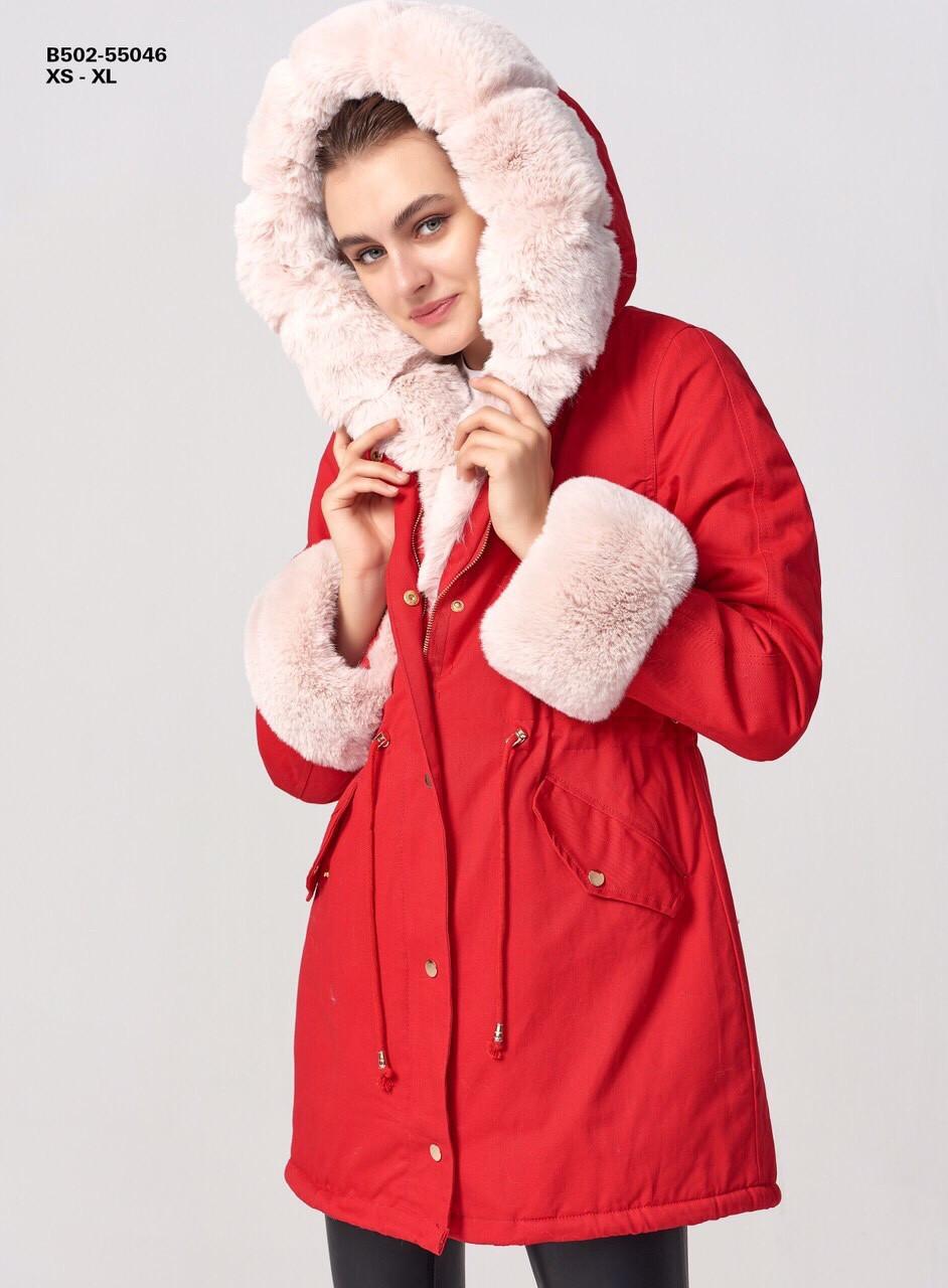 Зимняя женская красная куртка парка на меху с капюшоном