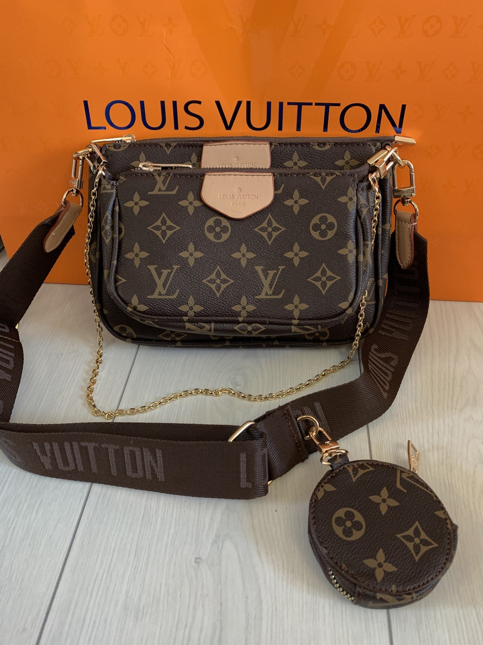 Женская Сумка  Louis Vuitton Multi Pochette реплика Луи Виттон зеркало, коричневый ремешок