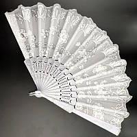 Свадебный веер белоснежный с цветами 24х42 см (С2307), фото 1