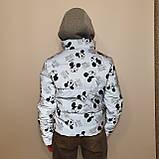 Куртка рефлективна з світловідбиваючої тканини з принтом Міккі Маус для дівчинки з трикотажним капюшоном, фото 3