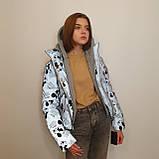 Куртка рефлективна з світловідбиваючої тканини з принтом Міккі Маус для дівчинки з трикотажним капюшоном, фото 6