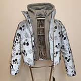 Куртка рефлективна з світловідбиваючої тканини з принтом Міккі Маус для дівчинки з трикотажним капюшоном, фото 8