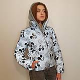Куртка рефлективна з світловідбиваючої тканини з принтом Міккі Маус для дівчинки з трикотажним капюшоном, фото 5