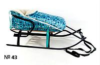Меховой чехол с короткой спинкой голубой с принтом снеговиков