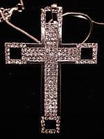 Подвеска крест в серебре с камнями Сваровски