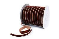Лента бархатная (велюр) коричневая 1см