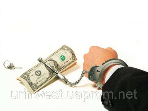 В Україні поширилися шахрайські компанії, які беруть плату з людей за кредити, яких вони ніколи не отримають.