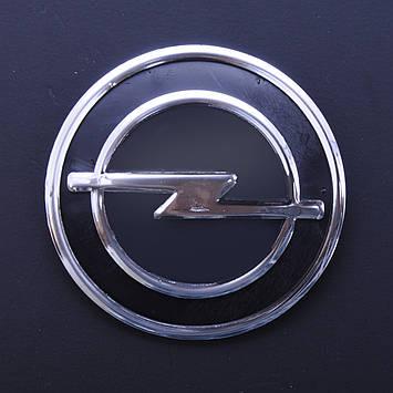 """Эмблема  """"Opel""""  75мм\пластик\черная+хром\2 пукли+скотч (Vectra перед 86-91)"""
