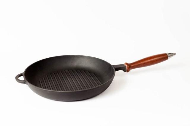 Сковорода гриль чугунная, с деревянной ручкой, d=260мм, h=40мм