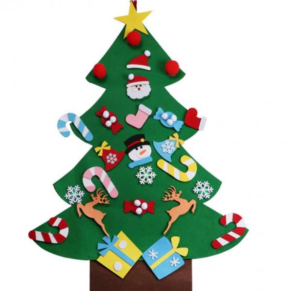 Новогодняя елка с игрушками из фетра