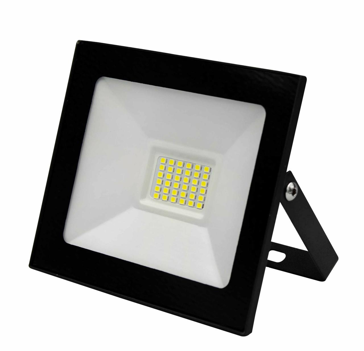 Светодиодный прожектор 30W GLX LED 6500K IP65