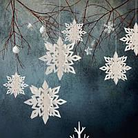 Декор для Нового года в виде снежинок Белый