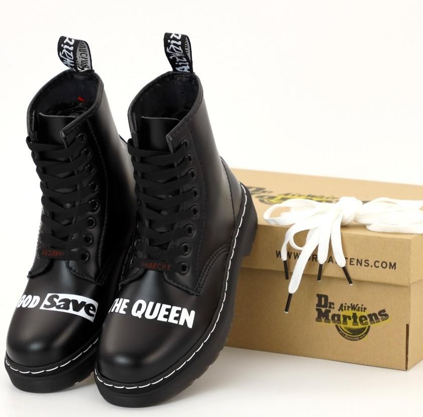 Женские теплые ботинки Dr. Martens Sex Pistols ТЕРМО демисезонные черные. Живое фото. Реплика (мартинсы)