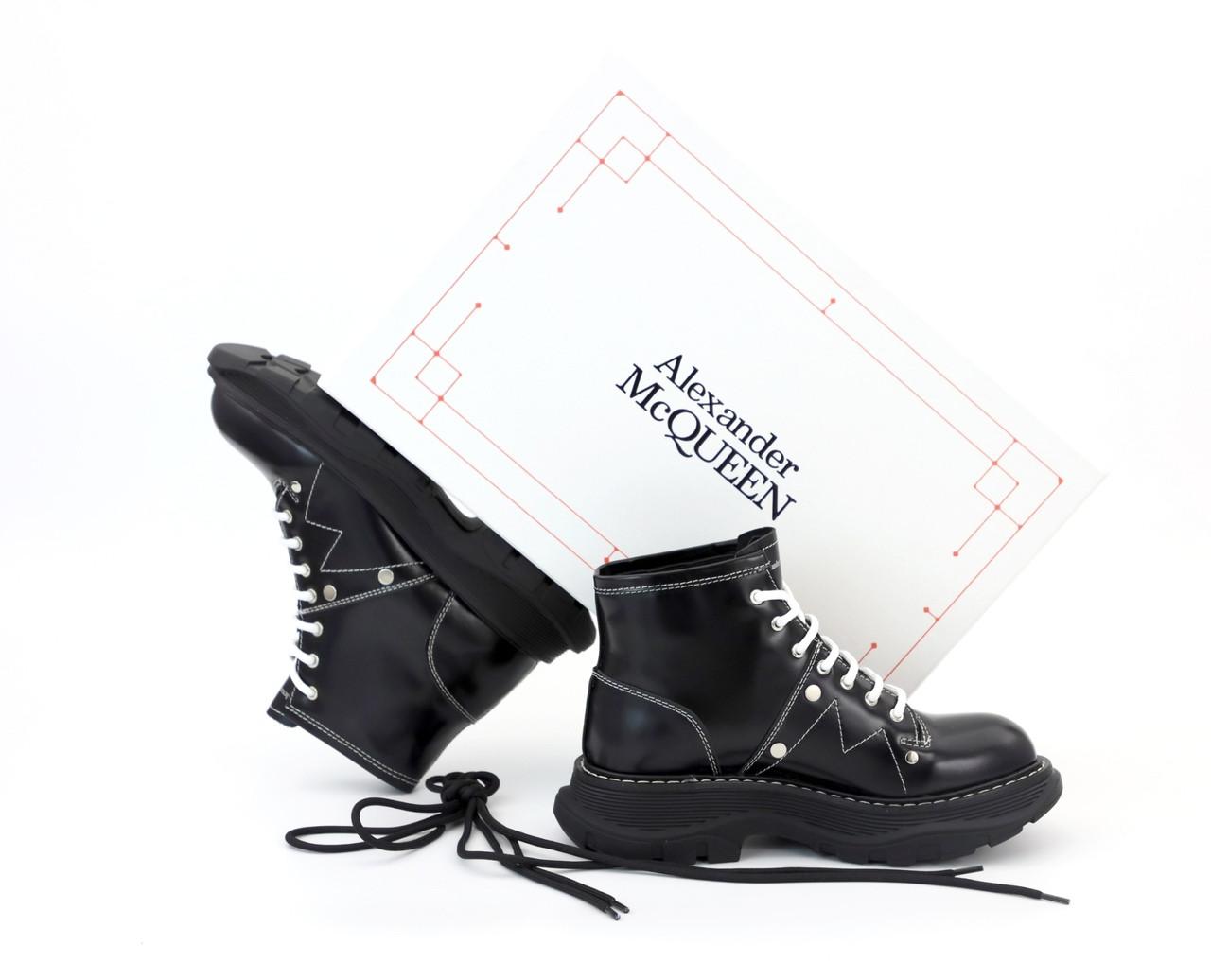 Женские ботинки Alexander McQueen в стиле александр маккуин Черные НА МЕХУ (Реплика ААА+)