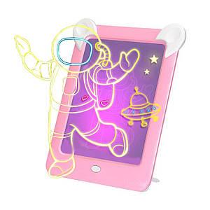 Детская магическая 3D доска для рисования Magic Board Drawing Pad Pink с подсветкой трафаретами на присосках